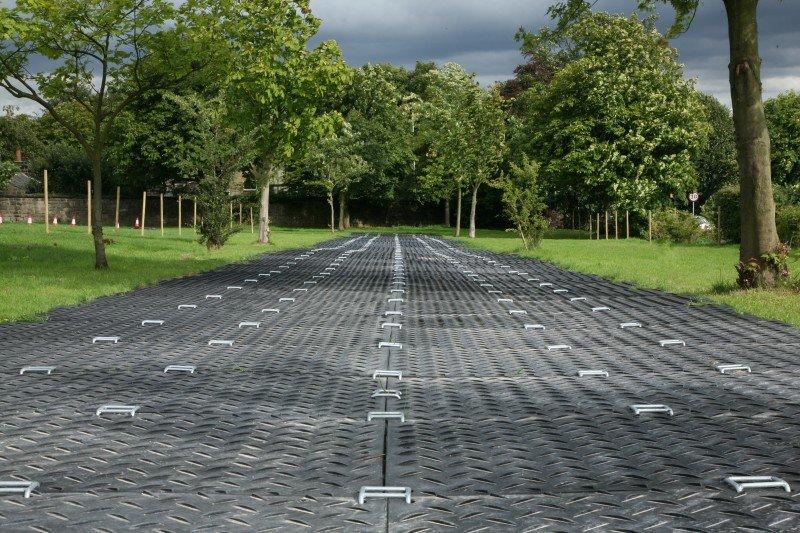 Trackways-1-800x533
